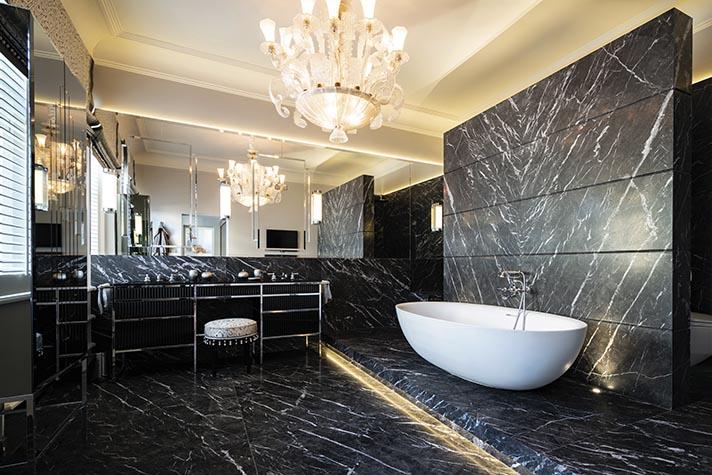 Opulentes Luxusbad