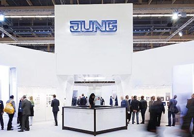 JUNG_Messestand_LuB_2012